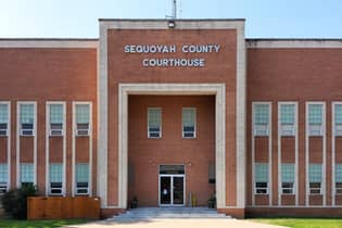 Sequoyah County Courthouse